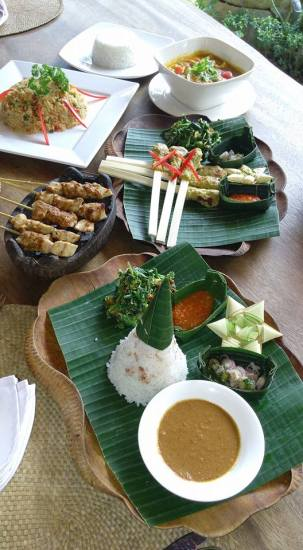 Sample your food! Take a Balinese cooking class. Perfect family activity