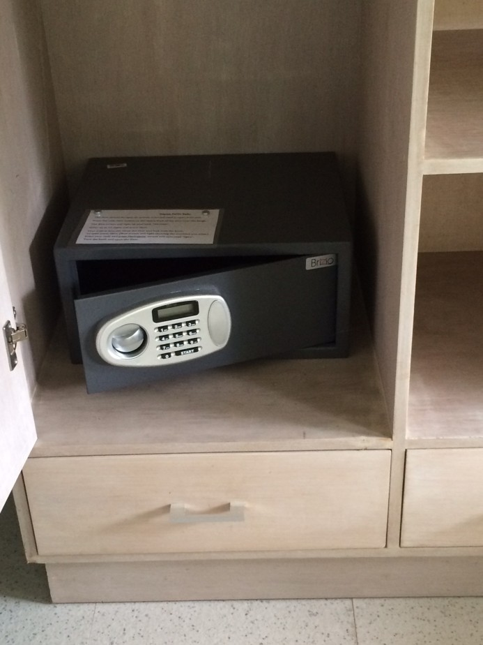 All guest suites have a safety box.
