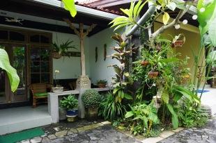 Sandat suite veranda from garden